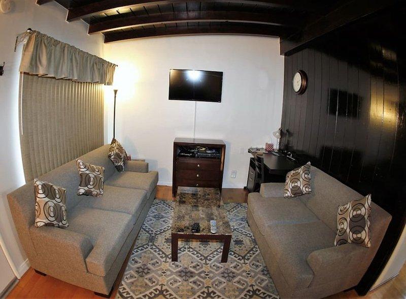 Furnished 1-Bedroom Apartment at Victory Blvd & Western Ave Glendale - Image 1 - Glendale - rentals