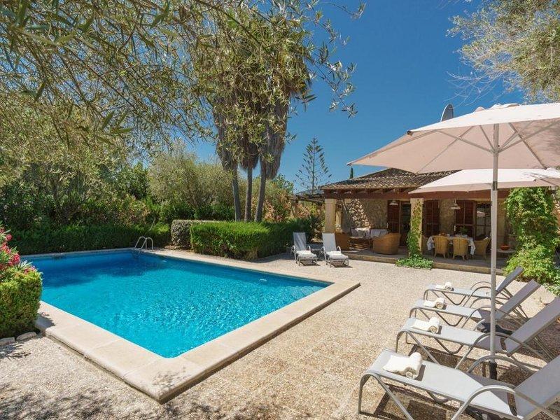 3 bedroom Villa in Cala San Vicente, Pollensa, Mallorca, Mallorca : ref 3275 - Image 1 - Cala San Vincente - rentals
