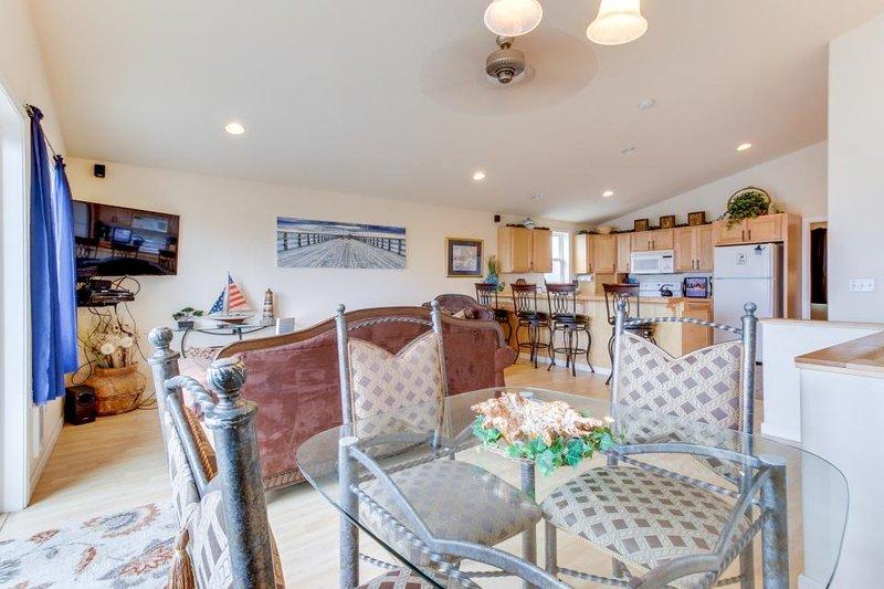 Dog-friendly beach home w/ partial ocean views & hot tub - Image 1 - Rockaway Beach - rentals