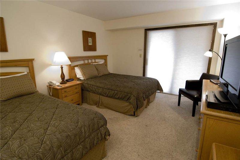 Avon Center 301-B, Hotel Room - Image 1 - Avon - rentals