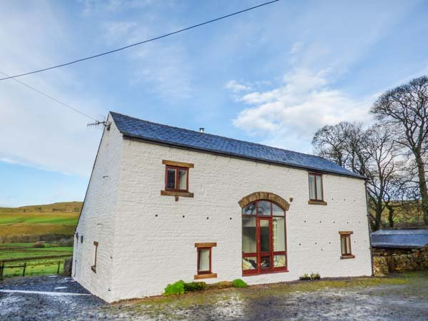 MIDDLEFELL VIEW, woodburner, pets welcome, open plan living, near Alston, Ref. 918695 - Image 1 - Alston - rentals