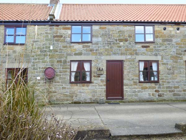 DANBY COTTAGE, stone cottage, open plan, patio, WiFi, near Ruswarp, Ref 920738 - Image 1 - Ruswarp - rentals