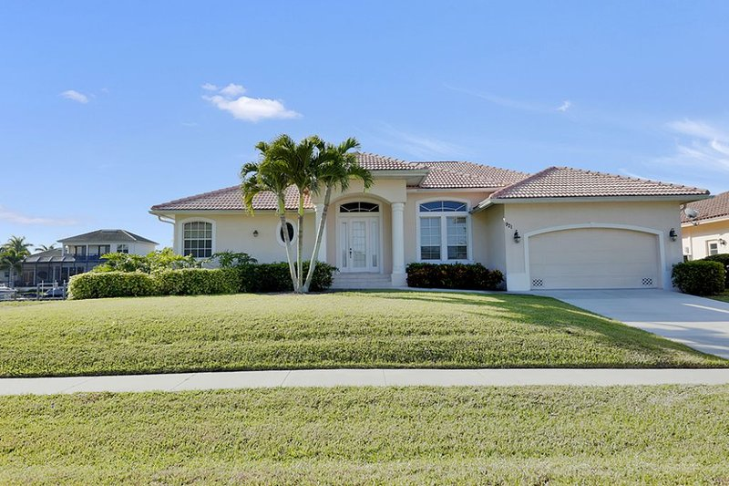 Exterior - Ivory Ct. 921 - Marco Island - rentals
