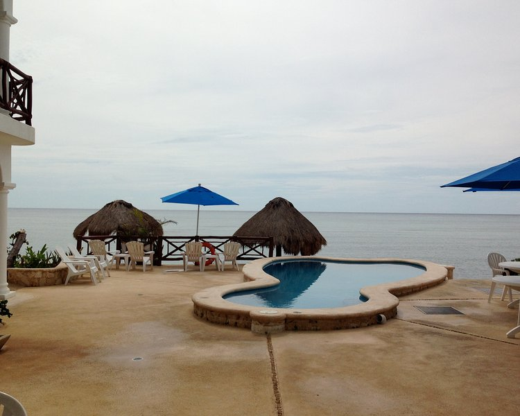 View of pool/ocean from patio of Unit #3 - Ocean/Pool Level, Family Friendly Playa Caribe #3 - Akumal - rentals