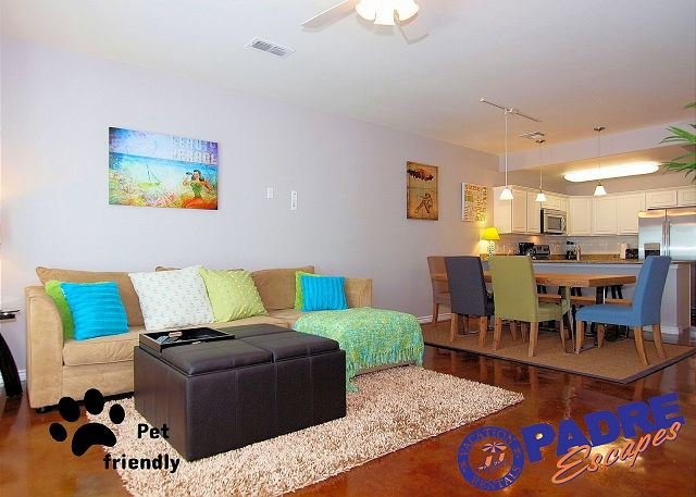 Beautiful decor with a modern coastal feel - Beautiful New Townhouse with a Sparkling Saltwater Pool! - Corpus Christi - rentals