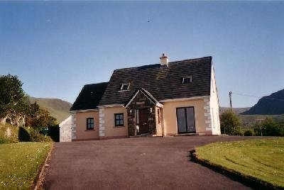 Scorid cottage ,Cloghane , Dingle Peninsula - Image 1 - Cloghane - rentals