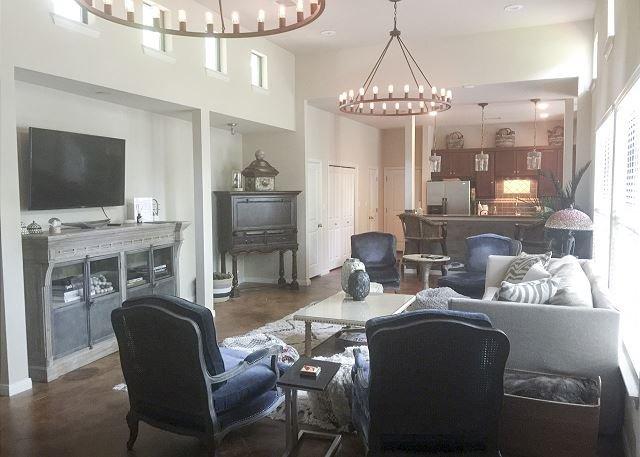 Casa de Miguel - 3BR/3BA Luxurious Beautifully Designed Family Home Soco - Image 1 - Austin - rentals