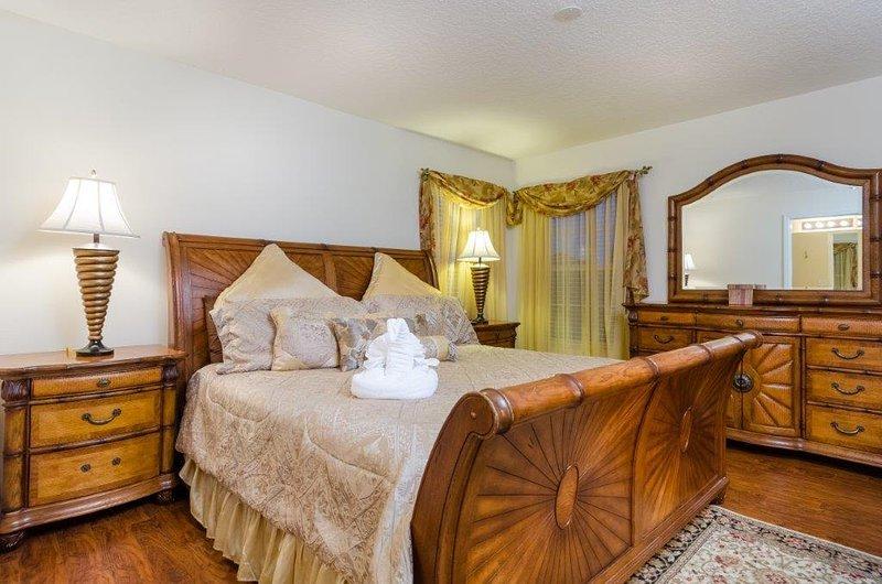 The Emerald Star - FLIPKEY's Top Vacation Villa!! - Image 1 - Kissimmee - rentals