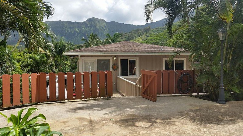 Jungle Waterfall Retreat - w/ AC, BBQ - Image 1 - Kailua - rentals