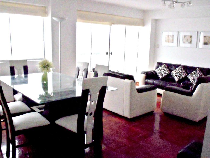 Panoramic Views - Close to Larcomar - Image 1 - Lima - rentals