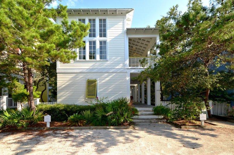 Front Exterior - Suite Magnolia I - Seaside - rentals