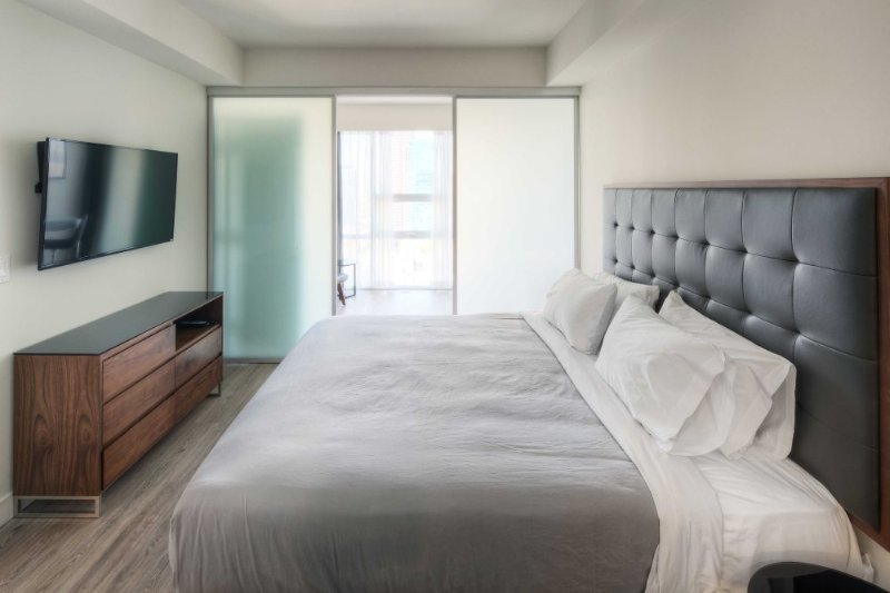 Amazing Apartment With 2 Bedrooms - Pet Friendly, Lovely Amenities - Image 1 - Los Angeles - rentals