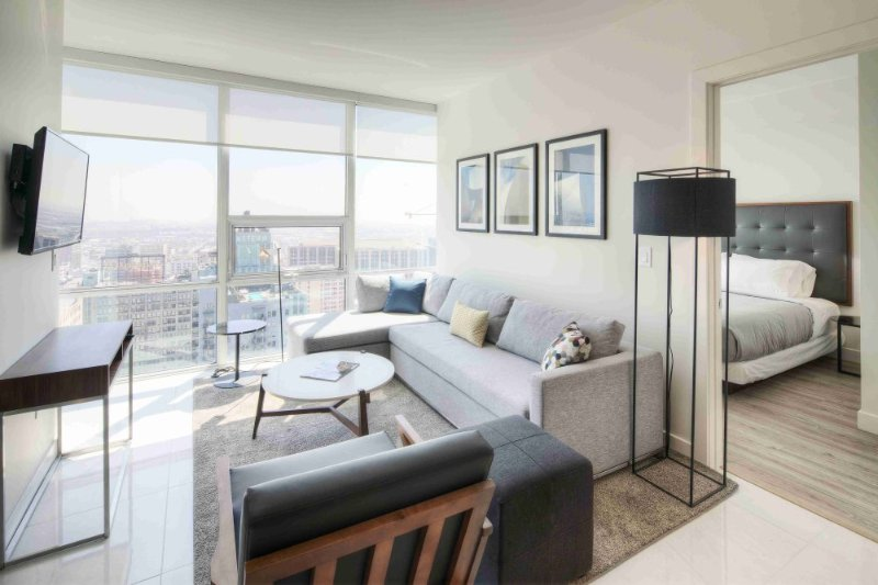Stunning Luxury Apartment With 2 Bedrooms, 2 Bathroom in Los Angeles - Image 1 - Los Angeles - rentals