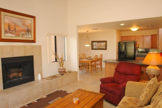 Living room - Two Bedroom with a Loft Condo 1171 at Ventana Vista - Tucson - rentals