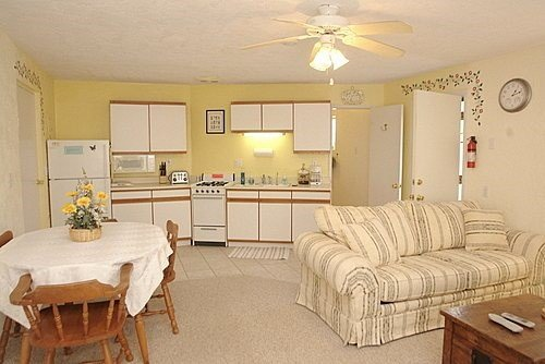Dennis & Penny`s Guest House - Image 1 - Tucson - rentals