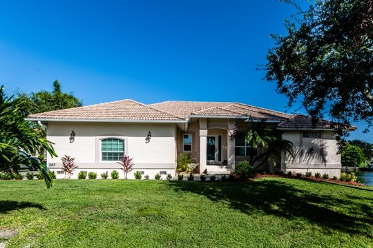 Welcome to 507 Hernando - Hernando Dr - HER507 - 1/2 Block to Beach Access! - Marco Island - rentals