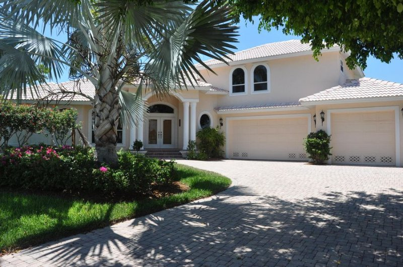 Description to be edited - Balboa Ct - BALB1248 - Gorgeous Waterfront Home! - Marco Island - rentals