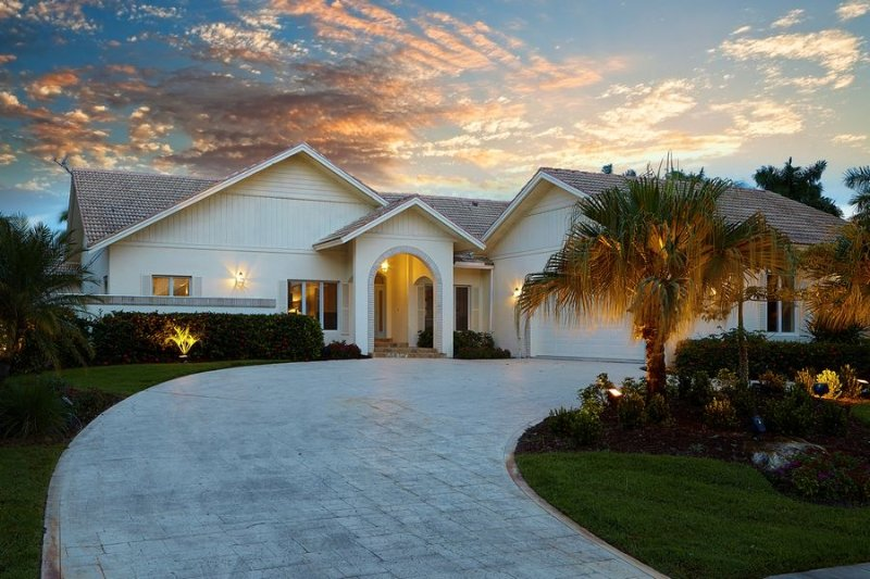 Description to be edited - Eubanks Ct, 850 - Marco Island - rentals