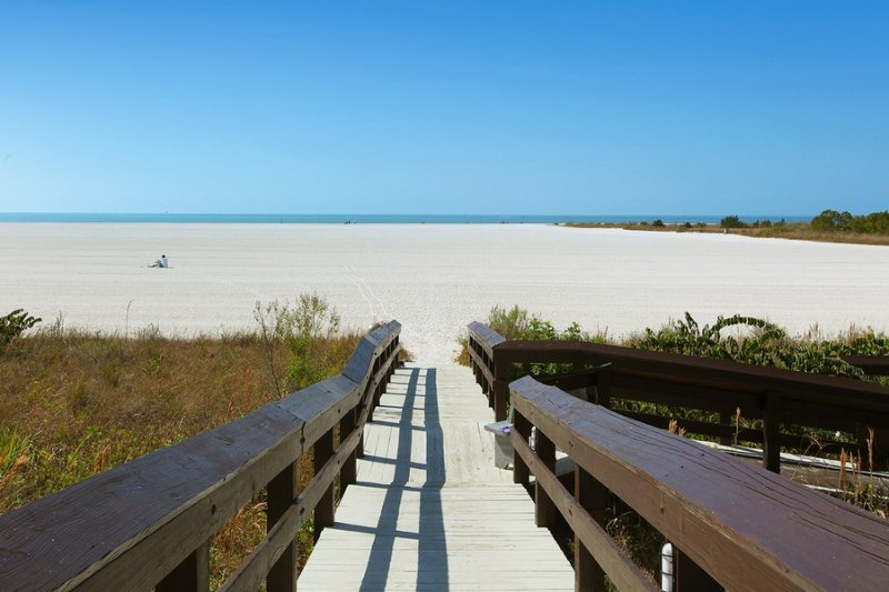 Description to be edited - South Seas Twr 1 1205 - Marco Island - rentals