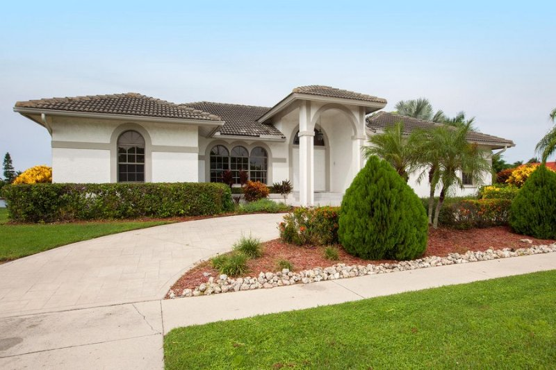 Description to be edited - Heathwood Dr, 108 - Marco Island - rentals