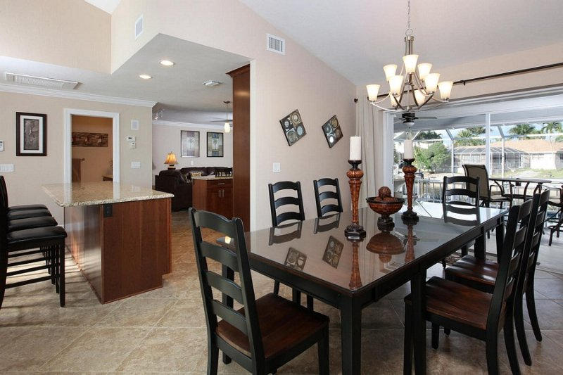 Description to be edited - Hollyhock Ct, 155 - Marco Island - rentals