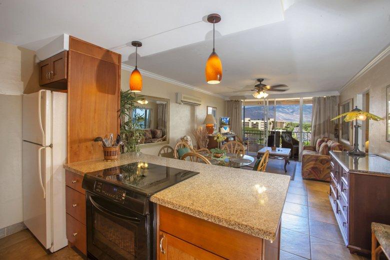 Nani Kai Hale: 2-bdrm, 2-bath Ocean View, Pool, AC, WIFI, Oceanfront Complex! - Image 1 - Kihei - rentals