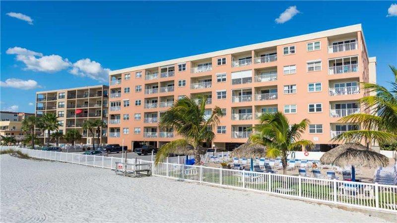 #209 Beach Place Condos - Image 1 - Madeira Beach - rentals