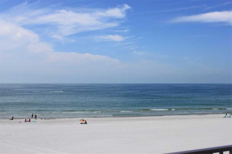 #308 Sea Breeze Condo - Image 1 - Madeira Beach - rentals