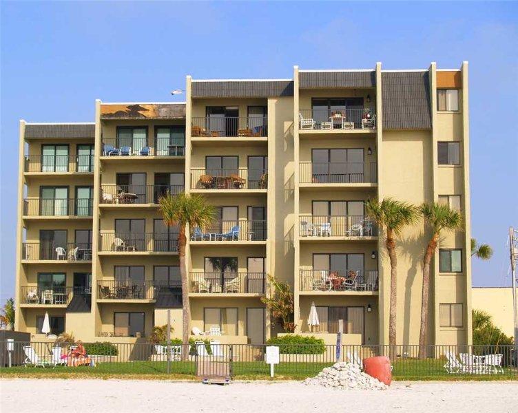 #403 The Shores Condo - Image 1 - Redington Shores - rentals