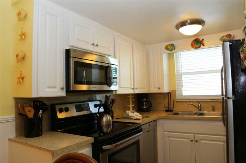 #228 Surf Song Resort - Image 1 - Madeira Beach - rentals