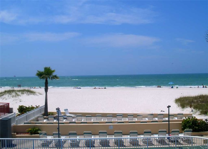 #256 Surf Song Resort - Image 1 - Madeira Beach - rentals