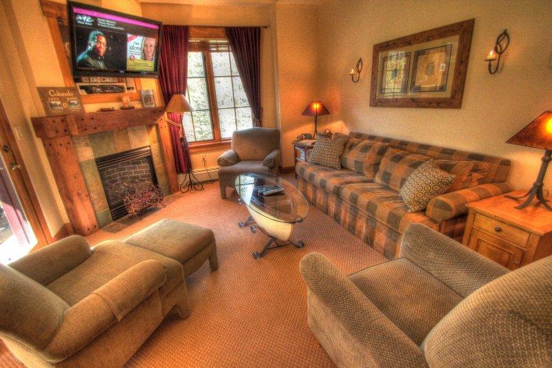 "SkyRun Property - ""8835 The Springs"" - Living room - 8835 The Springs - Keystone - rentals"