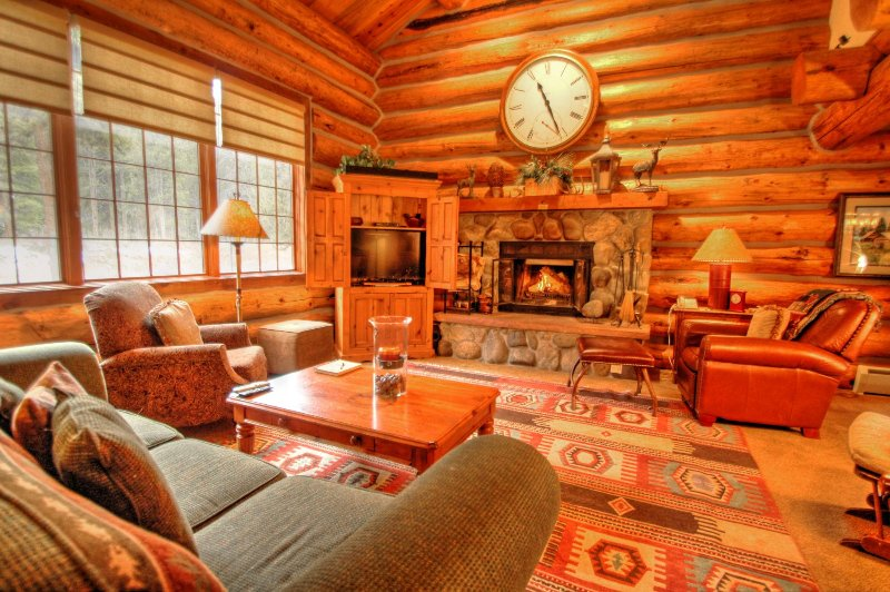"SkyRun Property - ""13 Bear Tree Court"" - 13 Bear Tree Court! - 13 Bear Tree Court - Keystone - rentals"