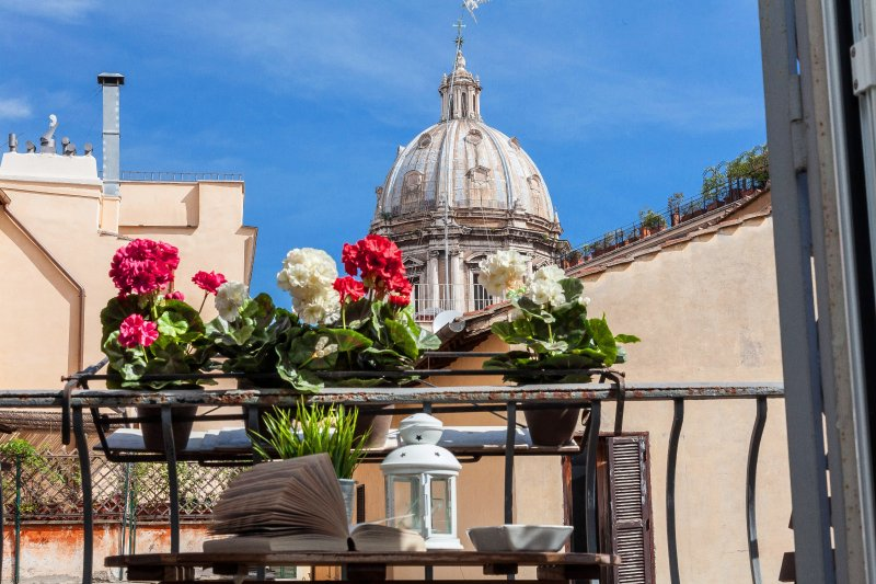 Boutique Domus Navona Librari Balcony  Wifi - Image 1 - Rome - rentals