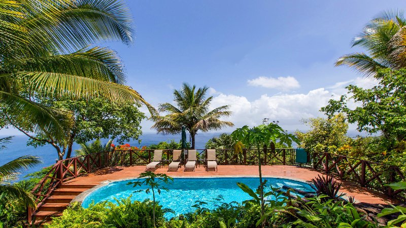 SURROUNDED BY JUNGLE. EDGE OF A CLIFF. ECO-LUX. - BANANA: ECO-LUX SEA VIEW COTTAGE - Marigot Bay - rentals