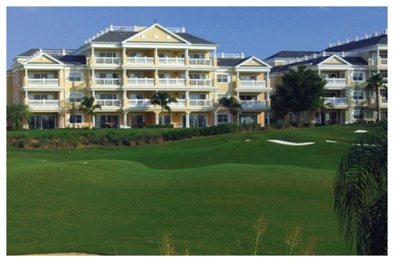 Fantastic 3 Bed Apartment with Breathtaking Views - Image 1 - Reunion - rentals