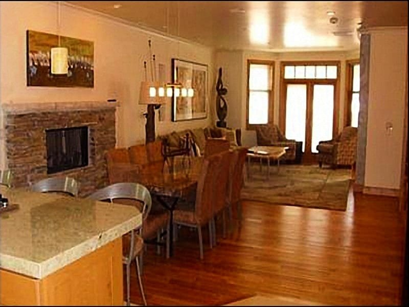 Open Spacious Floor Plan - Ideal Location - Elevator In Home (24486) - Park City - rentals