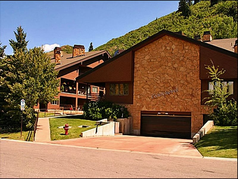 Deer Valley Walk to Lifts - Perfect Location - Recently Remodeled (24576) - Park City - rentals