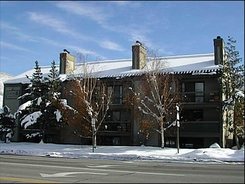 Located Outside Park City Mountain Resort - Close to Everything - Cozy and Comfortable (24589) - Park City - rentals