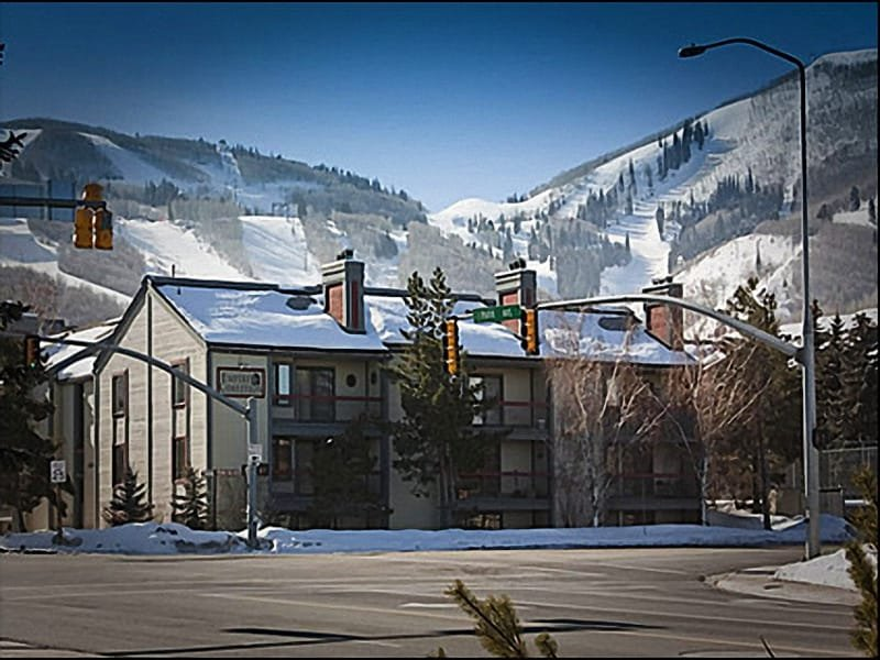 Perfect Park City Location - Close to Everything Park City has to Offer - Perfect for a Large Family or - Park City - rentals