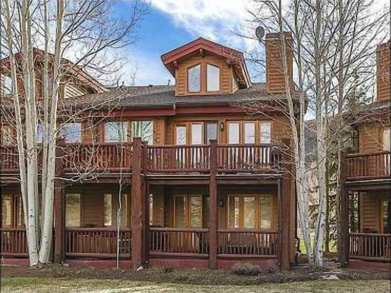 The Lovely Exterior View - Private Hot Tub - Cozy Furnishings and Decor (24665) - Park City - rentals