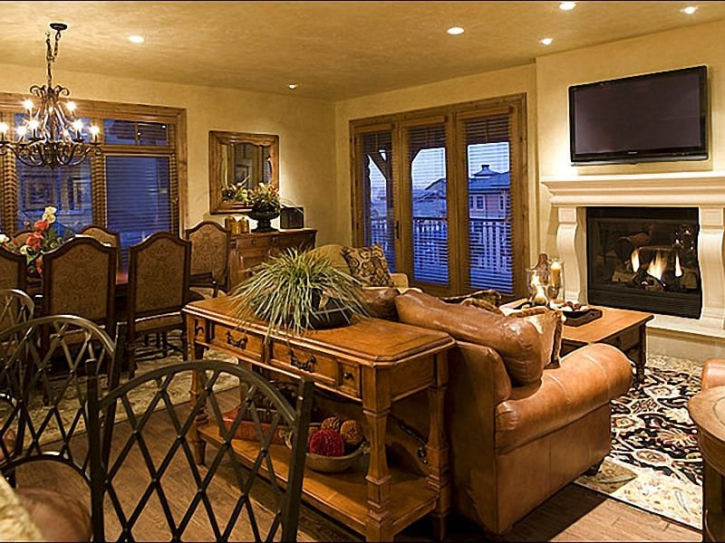 Elegant Living Room - Representative Unit - Close to Restaurants and Nightlife - Great for Family Gatherings (24736) - Park City - rentals
