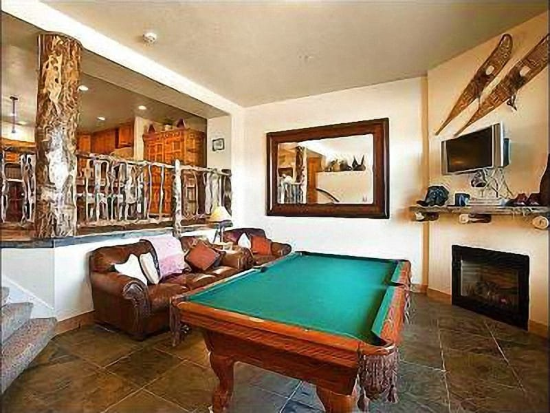 The Game Room Featuring a Billiards Table Makes for Hours of Fun and Entertainment - Private Hot Tub - Gorgeous Mountain Views (24768) - Park City - rentals