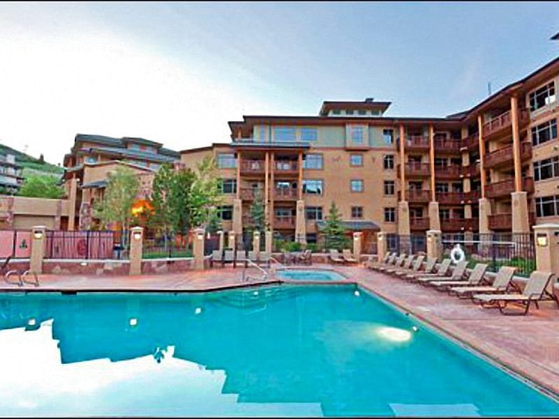 Sundial Lodge Features an Outdoor Heated Pool - Spacious and Open Suite - Wonderful Finishes Throughout (24912) - Park City - rentals