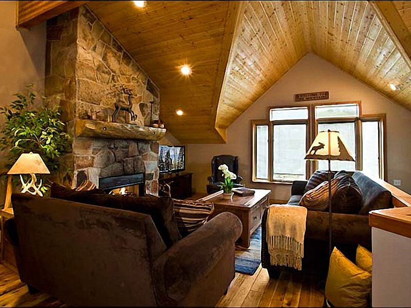 Living Room Includes a Stone Fireplace and Vaulted Ceilings - Luxurious Accommodations - Walk to Historic Main Street (24905) - Park City - rentals