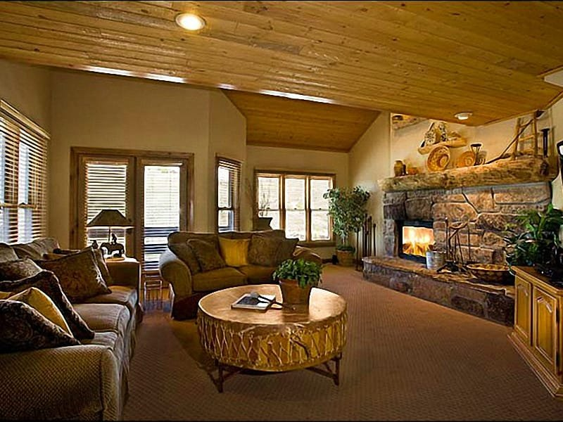 The Living Room has a Flat-Screen Cable TV and a Stone Fireplace - Beautiful Mountain Views - Close to Historic Main Street (24904) - Park City - rentals