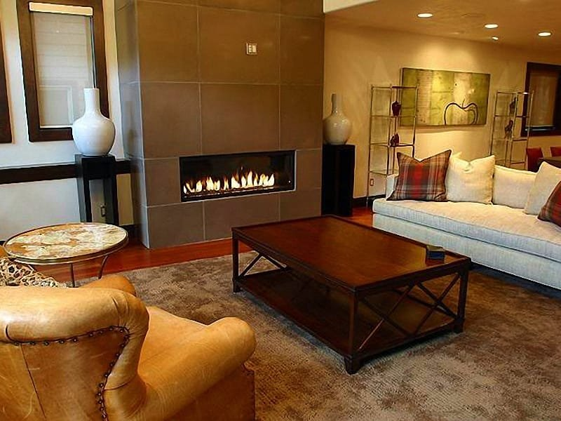 Spacious Living Room Includes a Custom Gas Fireplace - Luxurious Mountain Getaway - Incredible Amenities (24916) - Park City - rentals