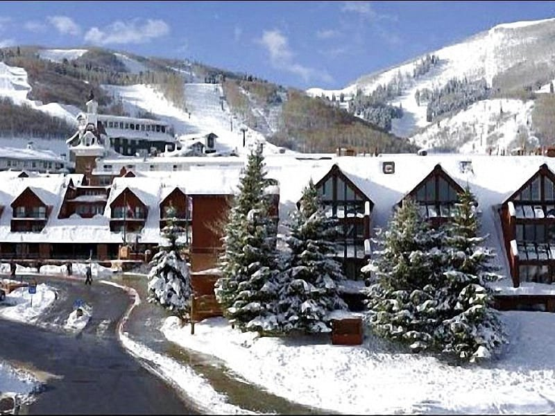 Great Location at the Base of the Resort - Great Lodge at Mountain Village Condo - Close to Shops and Restaurants (24945) - Park City - rentals