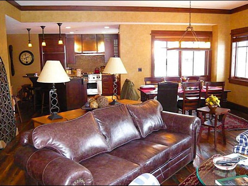 Spacious Living Room Opens to the Dining Room - Beautiful Arrowleaf Lodge Condo - Close to the Silver Buck Ski Run (24950) - Park City - rentals