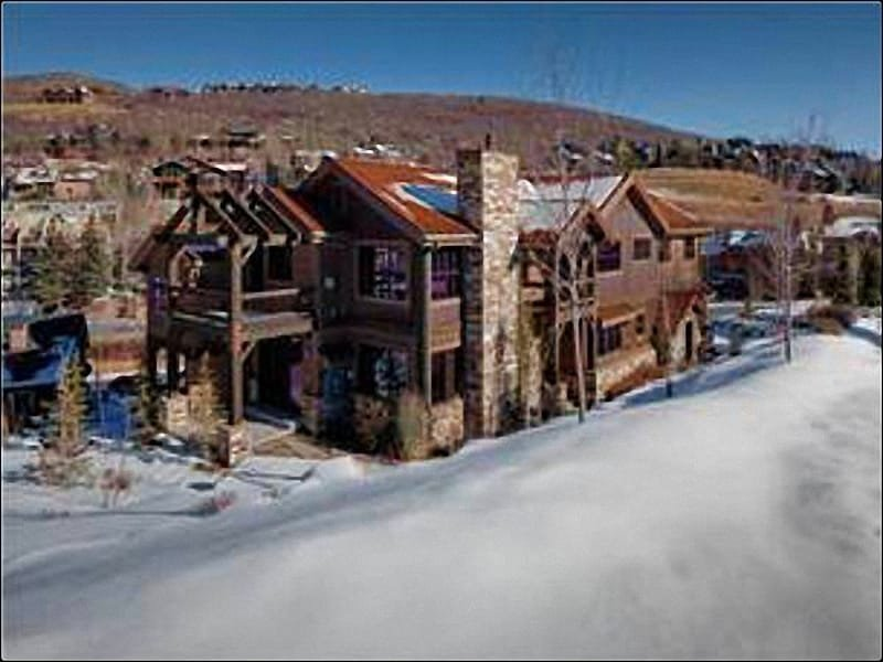 Just a Half Mile from Main Street - Large & Luxurious Duplex - Spread Out Over Three Levels (25002) - Park City - rentals